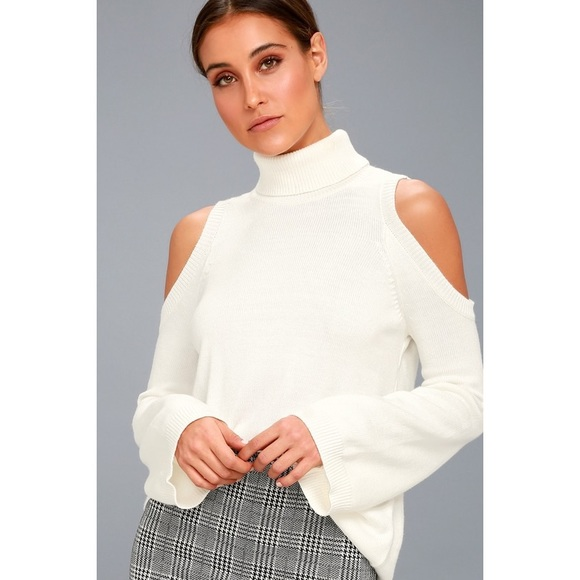 Lulu's Sweaters - 🆕 White Cold Shoulder Turtleneck Sweater